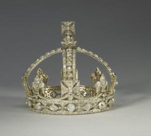 The Small Diamond Crown
